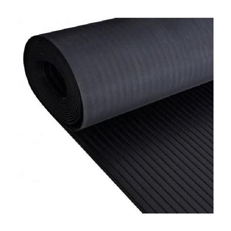 tapis caoutchouc antiderapant au metre carrelage design 187 tapis caoutchouc au metre moderne design pour carrelage de sol et