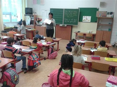 segregated roma classes  czech school spark criticism