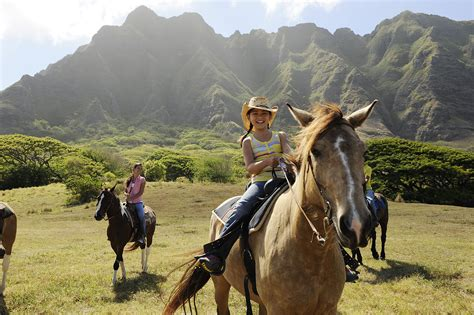hawaii horseback aulani kualoa disney buildabettermousetrip legends