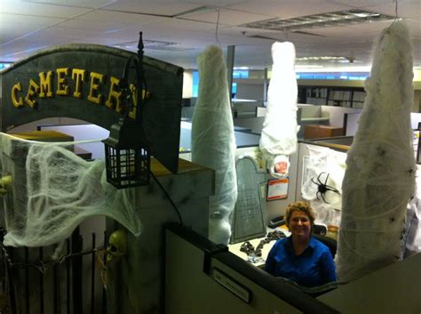 cemetary cubicle cubicle decorating pinterest