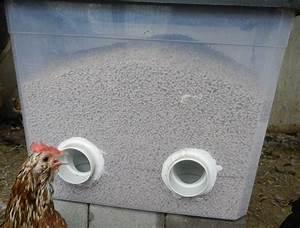 Nourriture Poule Pondeuse Pas Cher : diy no waste feeder poules pinterest poule poulaillers et ferme ~ Melissatoandfro.com Idées de Décoration