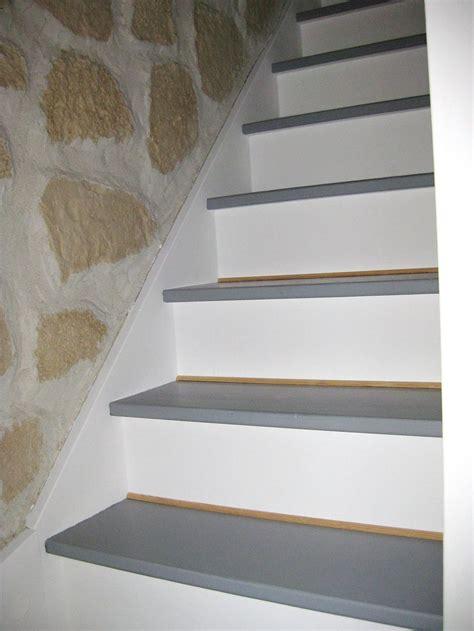 peindre un escalier en gris comment repeindre un escalier