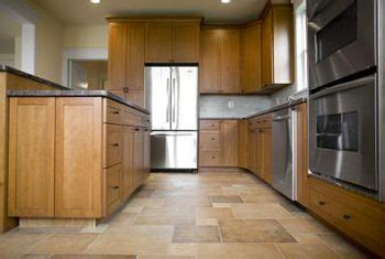 how to replace kitchen floor how to replace kitchen tiles without removing cabinets 7347