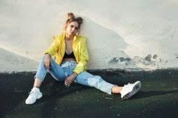 90er Mode Typisch : die mode der 90er jahre style my fashion ~ Frokenaadalensverden.com Haus und Dekorationen