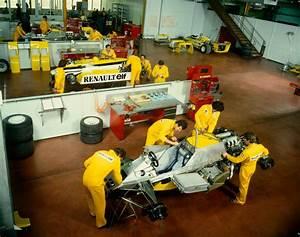 Renault F1 Viry Chatillon : renault rs30 assembling france 1981 by f1 history on deviantart ~ Medecine-chirurgie-esthetiques.com Avis de Voitures