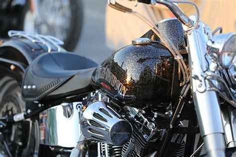 Motocikla mazgāšana, pulēšana un ievaskošana - SMARTSERVICE