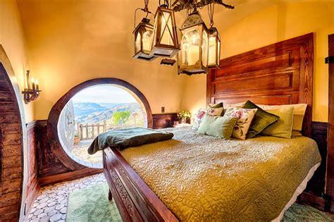 hobbit house modeled  bag    rent  airbnb business insider