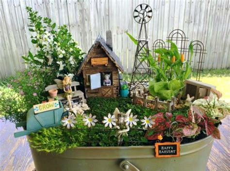 Best 25+ Wheelbarrow Garden Ideas On Pinterest