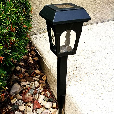 Solar Lights For Walkway by 6pack Classic Solar Lights For Walkway Sogrand Solar