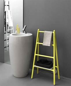 Seche Serviette Echelle : meuble rangement salle de bain les solutions d co qui nous font craquer ~ Teatrodelosmanantiales.com Idées de Décoration