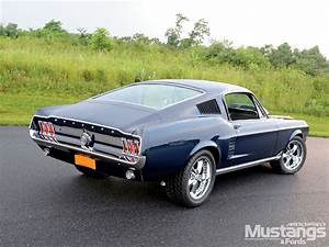 Ford Mustang Fastback : favourite type of car 2 the fastback first year ~ Melissatoandfro.com Idées de Décoration
