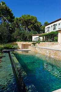 Le débordement par l'esprit piscine 8 x 3,5 m Revêtement en marbre Escalier droit sur la
