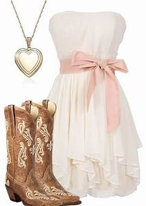 Country Girl. Pink Outfit Ideas. u2013 ZKKOO | Pop Miss