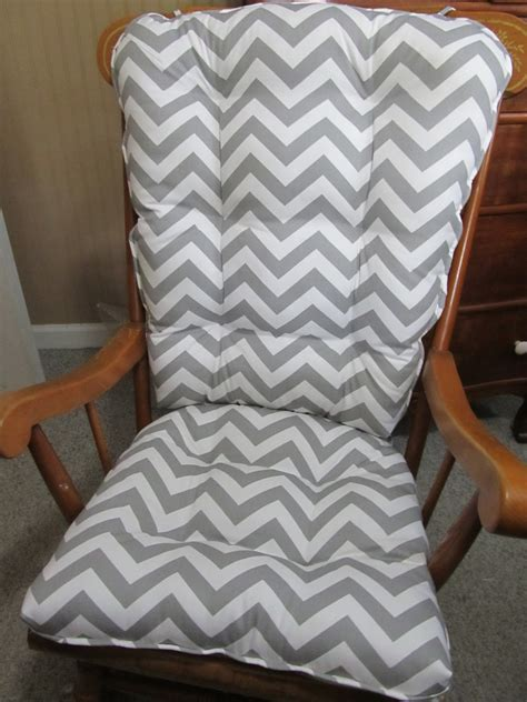 Gray And White Rocking Chair Cushions by Free Ship Rocking Chair Cushions Set In Grey And White Zig Zag
