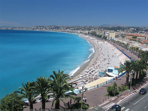 Top 4 Things That Attracts Travellers To Nice France