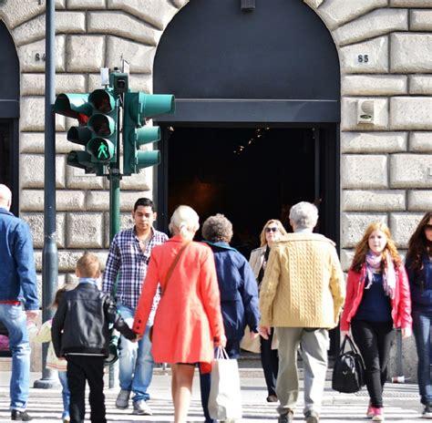 stranieri  italia sono oltre  milioni  dati del