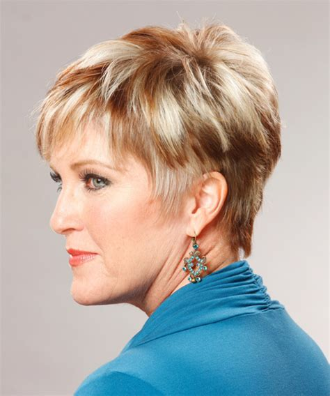 short straight copper hairstyle
