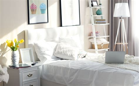 create  calm clutter  bedroom