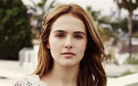 zoey deutch wallpapers high quality resolution