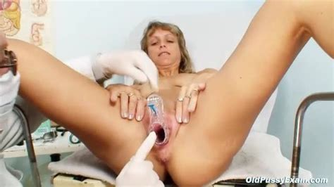 Skinny Mature Gyno Exam Has Speculum Play Mature Porn