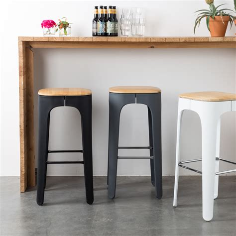 tabourets cuisine tabouret de bar bois up high by drawer