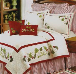 holiday traditions queen quilt