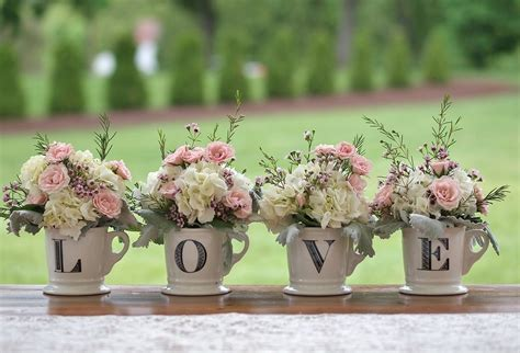 shabby chic wedding flower ideas 40 shabby chic wedding ideas weddmagz com
