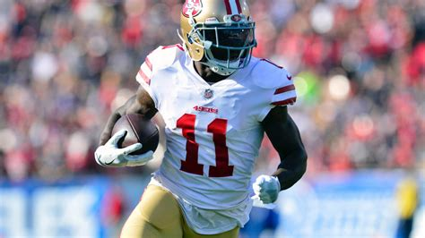 marquise goodwin carted   field   scary hit