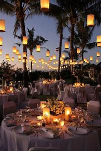 Outdoor wedding ideas 20 amazing ways to use floating for Outdoor wedding reception lighting