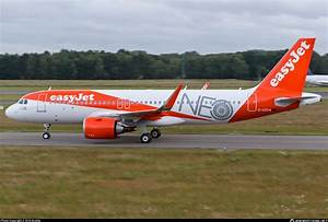 EasyJet A320neo NEO Livery Features Infinite Flight