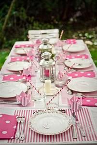 Nappe De Table : d corer la table avec un set de table jetable ~ Teatrodelosmanantiales.com Idées de Décoration