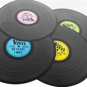 Set De Table Vinyl : set de table disque vinyle super insolite ~ Teatrodelosmanantiales.com Idées de Décoration