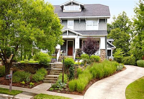 front yard landscaping makeover  homes gardens