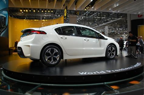 Opel Volt by Chevrolet Volt And Opel Era What Are The Differences