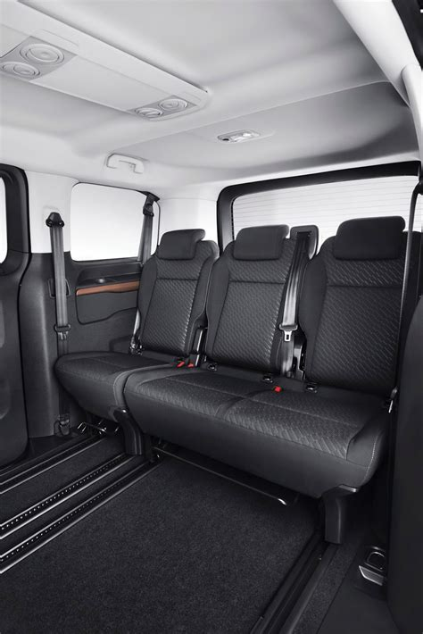 toyota proace verso mpv detailed offers seating