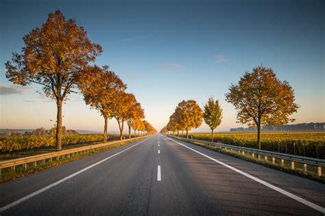 highway pictures   images  unsplash