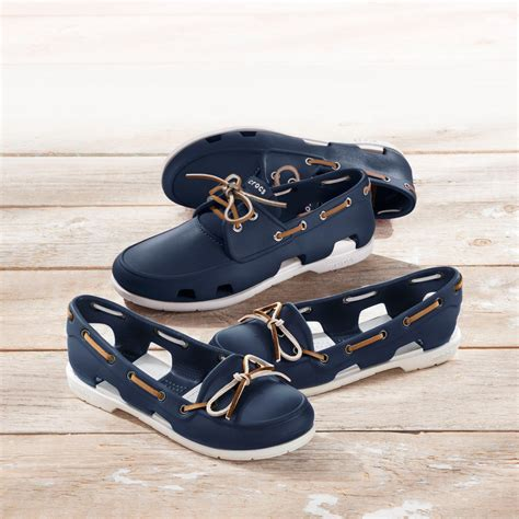 Boat Shoes Very by Crocs Men S Or Women S Boat Shoe Ultra Light And Very