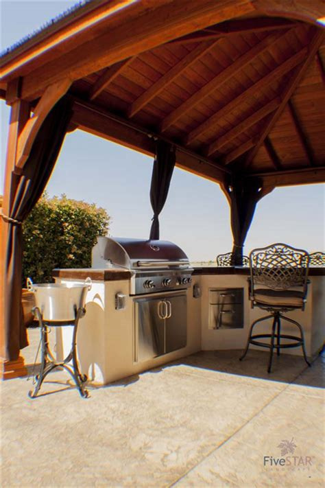 outdoor kitchens fivestar landscape