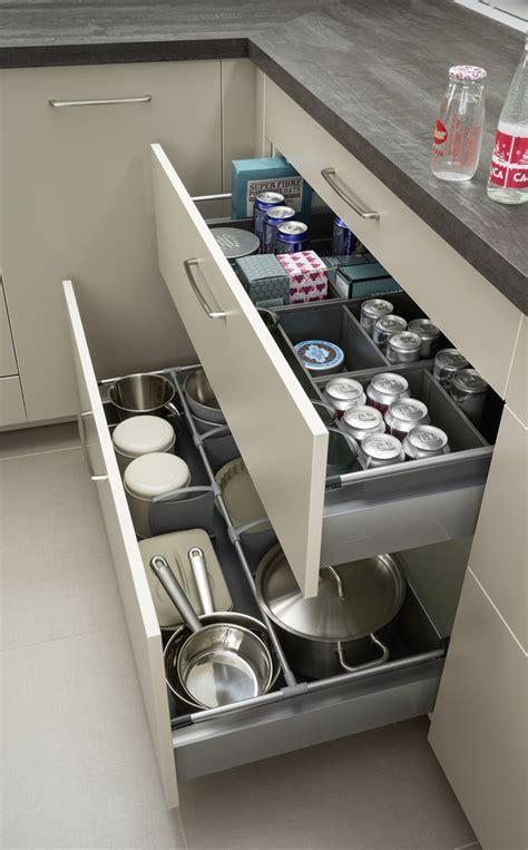 meubles muraux cuisine tiroirs aménagés duplex et aménagement muraux mobalpa