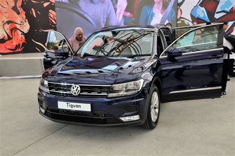 volkswagen malaysia new volkswagen tiguan launched in malaysia 2 variants