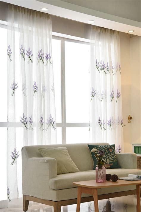lavendel im schlafzimmer moderne gardine lavendel design im schlafzimmer