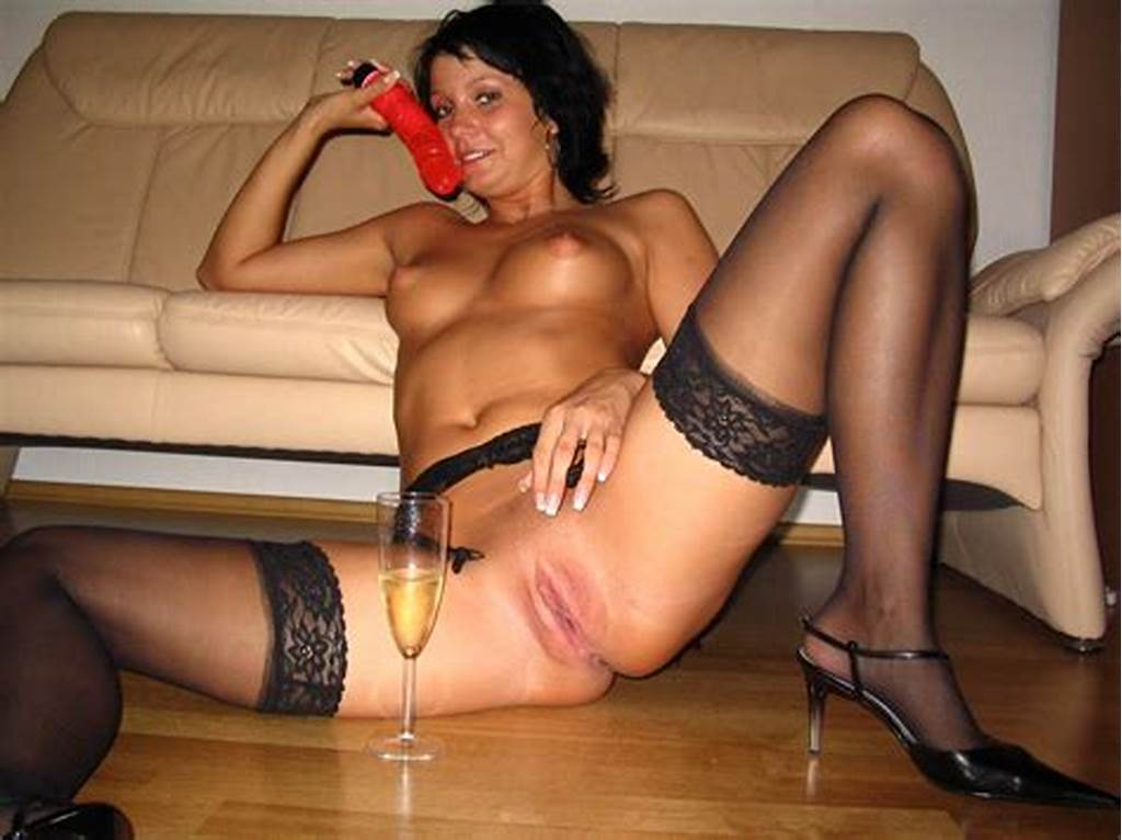 #Amateur #Shaved #Brunette #Wife #With #Black #Hair #Wearing