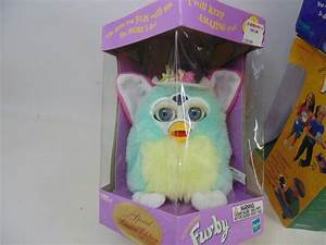 Lot of 4 Furby Toys in Original Boxes Year 2000 Christmas ...