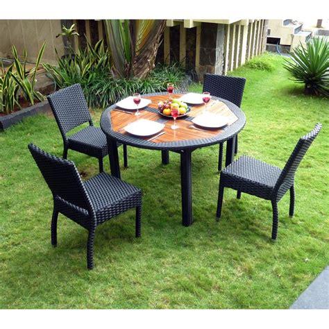 table ronde en resine tressee ensemble table ronde de jardin en teck et chaises de jardin en r 233 sine