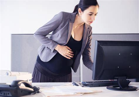 enceinte de bureau quand annoncer sa grossesse à employeur