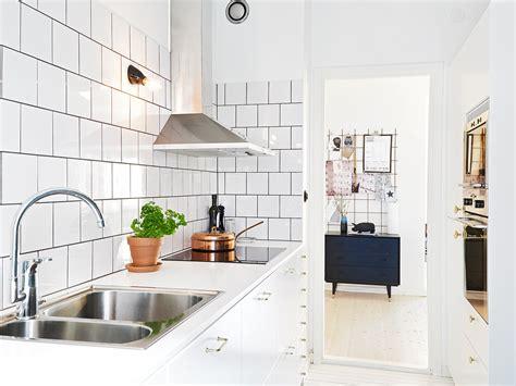 kitchen subway tiles    style  inspiring designs
