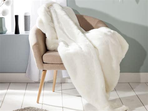 couvre canapé plaid fausse fourrure ours polaire blanc revers velours