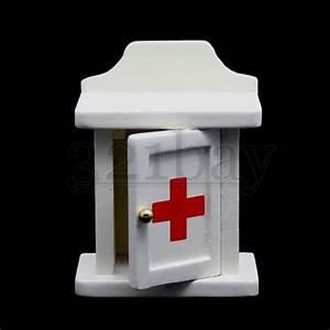 Möbel Für Puppenhaus : puppenhaus medizinschrank miniaturen 1zu12 m bel f r puppenh user miniatur m bel ebay ~ Eleganceandgraceweddings.com Haus und Dekorationen