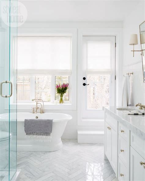 Bathroom Ideas Small White by 20 Stylish White Bathroom Designs With Pictures