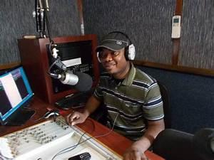 Zambia : Journalist Paul Siambala faces terrorism charge